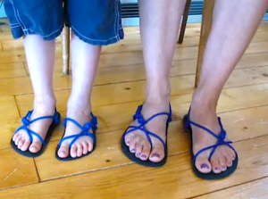 How to tie huaraches running sandals - Erika's methods