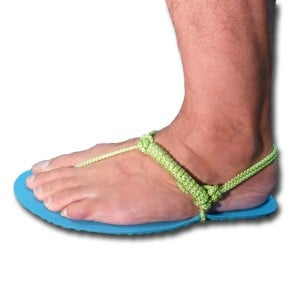 Barefoot running sandals tying - Xero Shoes