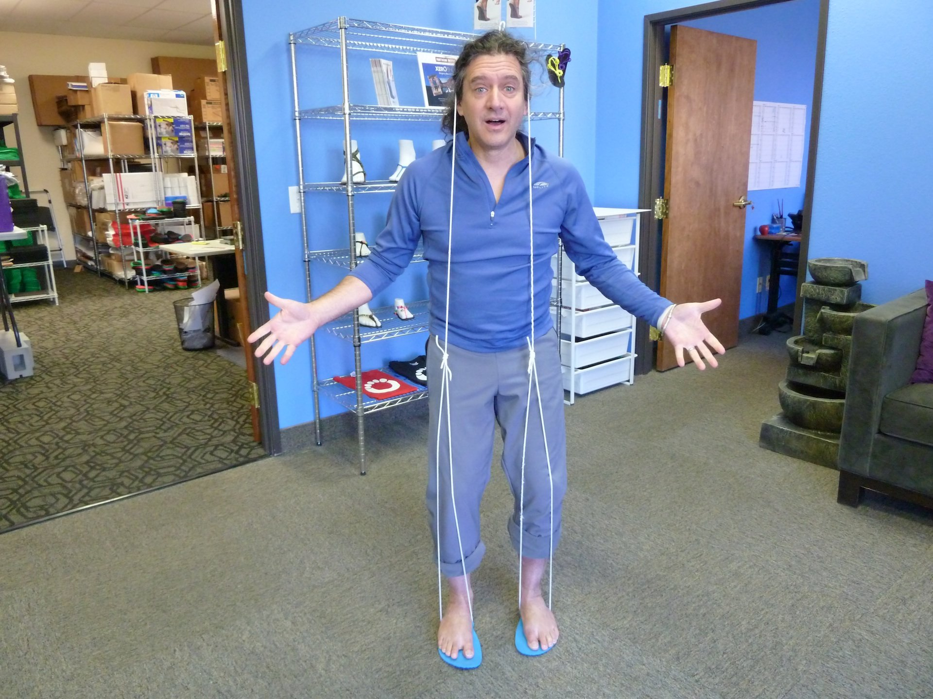 A new huarache sandal tying style