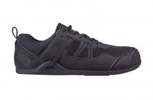 Prio minimalist running shoe